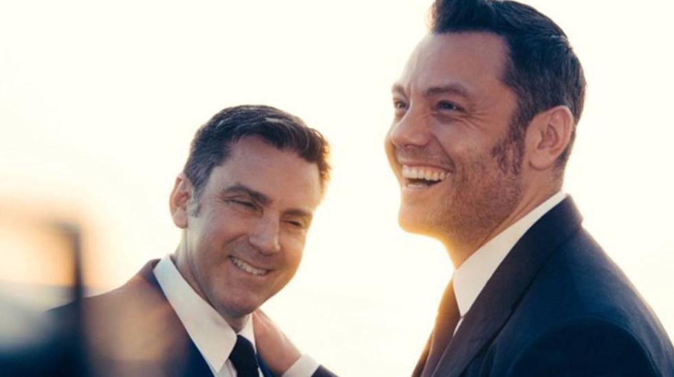 Víctor Allen y Tiziano Ferro en el día de su boda. (Foto: Instagram)