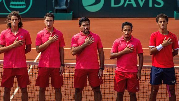 El actual equipo nacional: Huertas del Pino, Álvarez, Galdos, Panta y Varillas (Foto: Tenis Al Máximo)