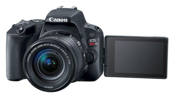 La Canon EOS Rebel SL2 es una cámara de gama media que hizo su debut en el mercado peruano el año pasado.