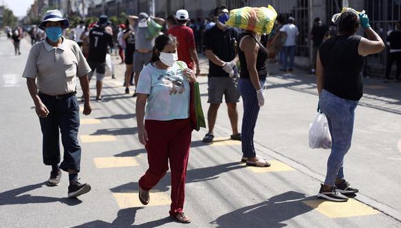 las personas deberán guardar distancia al acudir a los mercados. (Foto: Joel Alonzo | GEC)