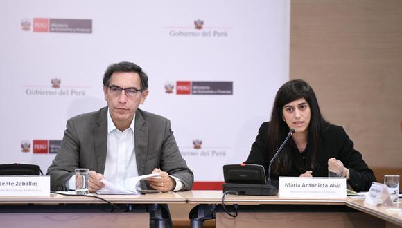 La ministra de Economía y el presidente Vizcarra en el foro Revisión de Metas de Ejecución Presupuestal 2019 en Inversiones de los Gobiernos Regionales. (Foto: MEF)