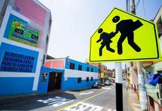 Año escolar 2020: realizan mantenimiento vial en alrededores de colegios del Cercado de Lima