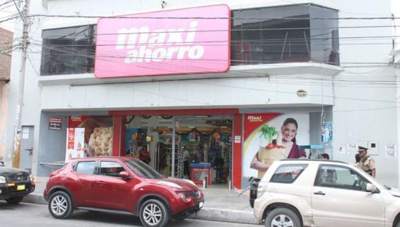 Piura: multan a supermercado por vender productos vencidos