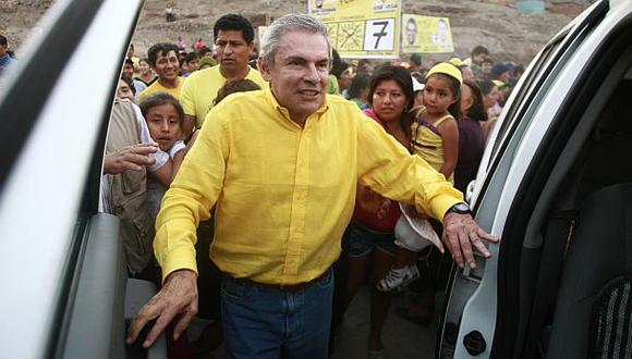 Juárez tildó de falso nuevo documento sobre salud de Castañeda