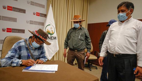 El Minem resaltó que más de 168 mil peruanos que viven en las zonas rurales de nuestro país accederán al servicio eléctrico durante el transcurso de este 2021 (Foto: Minem)