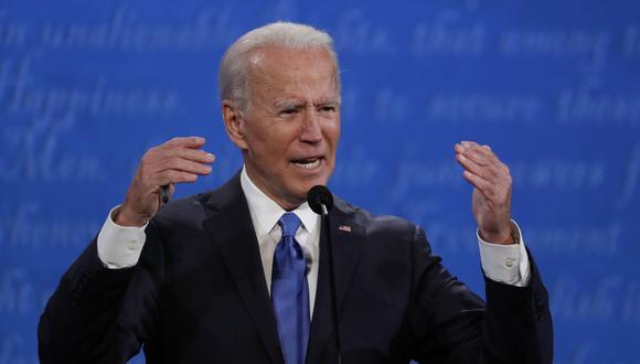 El candidato presidencial demócrata Joe Biden habla durante el último debate presidencial de la campaña en la Universidad de Belmont en Nashville, Tennessee (Estados Unidos). (EFE/EPA/SHAWN THEW).