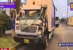 Lince: bus del Corredor Morado impactó contra camión de la Municipalidad de Lima | VIDEO
