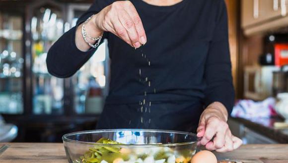 Sigue estos consejos y tu comida ya no tendrá un sabor desagradable (Foto: Freepik)