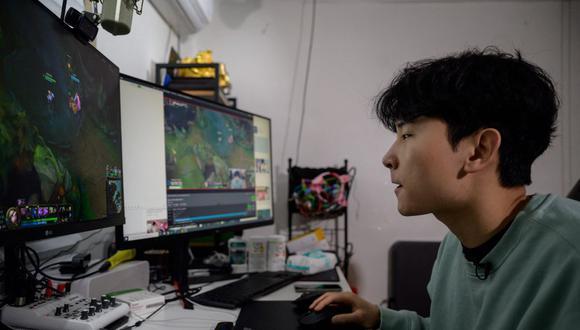 En el Perú hay 19,90 millones de personas con conexión a internet. (Foto de archivo: AFP/ Ed Jones)