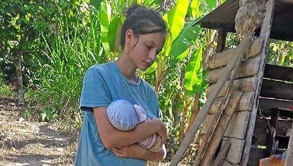 Patricia Aguilar en una imagen del 2018, cuando fue encontrada en la selva del Perú junto a su hija recién nacida. (EFE).