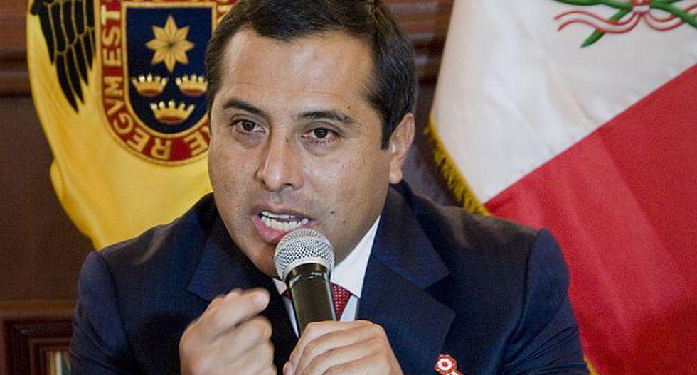 Tacha contra Enrique Peramás fue anulada por el JNE