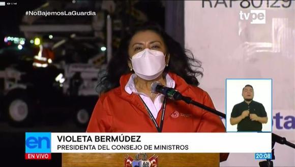 Violeta Bermúdez acompañó la llegada de 700,000 dosis de vacunas de Sinopharm. (Captura: TV Perú)