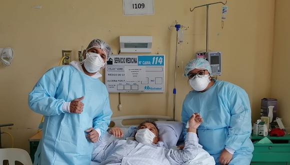 El paciente requirió ventilación mecánica y su tratamiento fue complejo desde que fue internado en el hospital. (Foto: EsSalud)