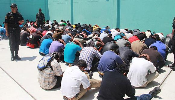 Policía desarticuló 476 bandas en un mes, según Urresti