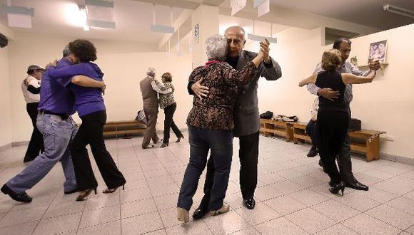 INEI: Esperanza de vida de mayores de 65 años es 83 años