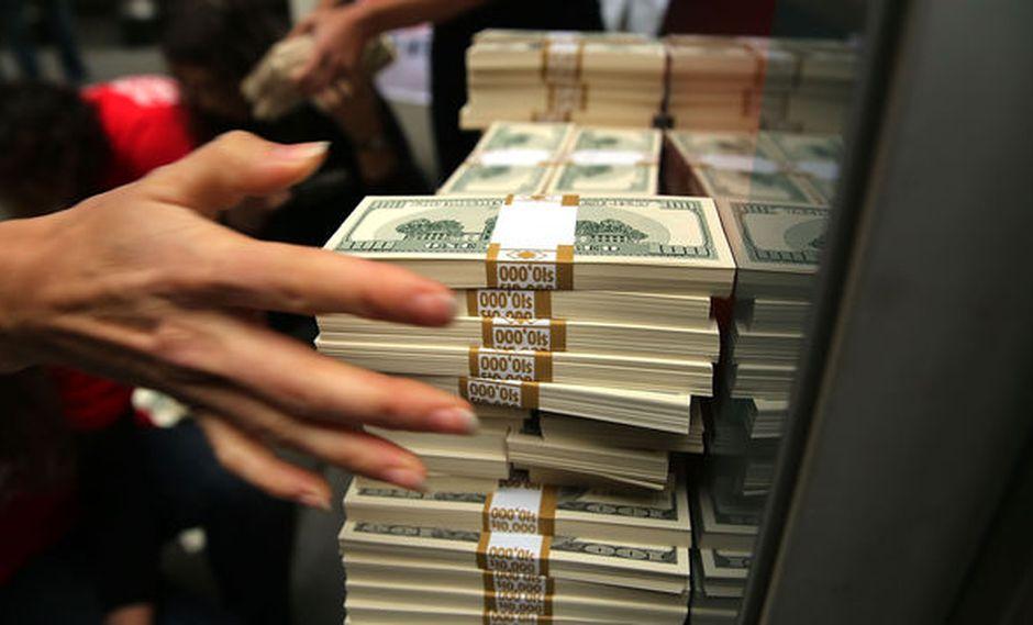 Unión Europea emite ley que endurece sanciones por blanqueo de dinero. Foto referencial: AFP