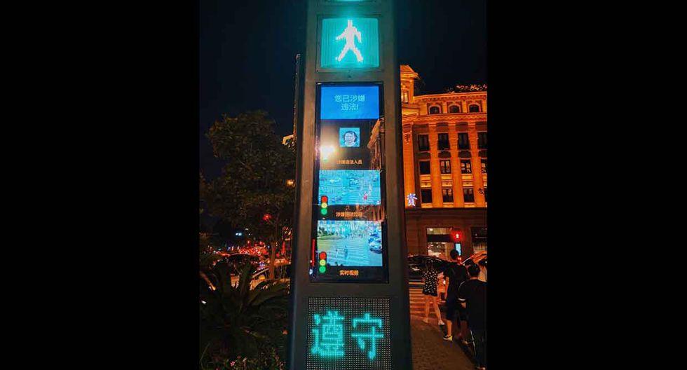 El sistema de reconocimiento facial en China permite fotografiar a los peatones imprudentes y compartir sus rostros en pantallas públicas. (Fotos: Redes).