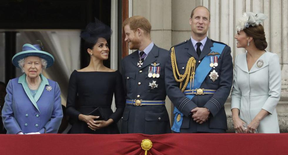 Las declaraciones del príncipe Harry y su esposa Meghan Markle a Oprah Winfrey difícilmente contribuirán a mejorar sus relaciones con la familia real británica, muy tensas desde que decidieron abandonar el Reino Unido y dejar sus papeles como miembros de la monarquía. (Foto: AP / Matt Dunham)