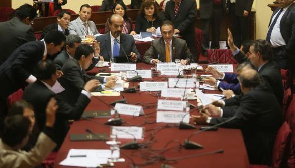Fiscalización solicitará investigar aeropuerto de Chinchero