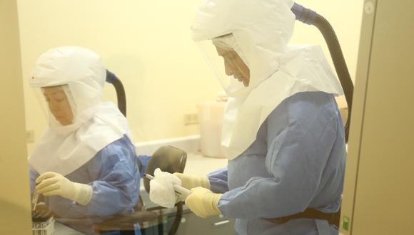 Los análisis se realizaron en el Instituto Nacional de Salud. (GEC)