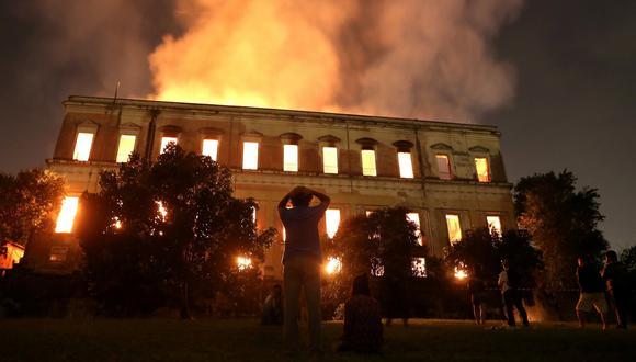Las autoridades aún no han podido determinar la causa que originó el incendio del Museo Nacional de Brasil, en Río de Janeiro, construido en 1818.  (Reuters)