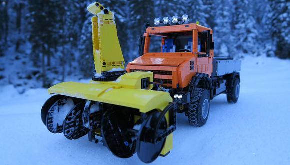 Según FunctionalTechnic, la pequeña unidad cuenta con 12 motores que se encargan de mover al vehículo e impulsar el sistema soplador de nieve. (Foto: FunctionalTechnic)