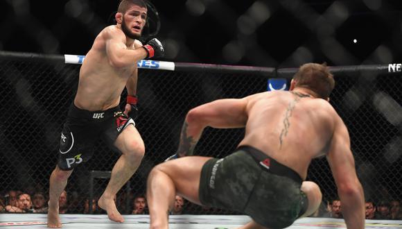 ¡Khabib ganó a McGregor! Ruso sometió a irlandés y retuvo cinturón peso ligero en UFC 229 | VIDEO. (Foto: AFP)