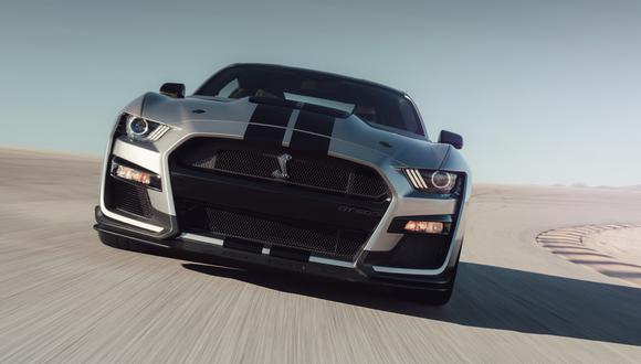 El Mustang Shelby GT500 busca combinar altas velocidades con un gran desempeño en las curvas. (Foto: Ford).