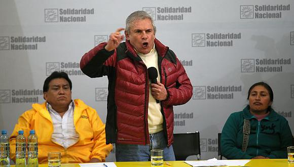 Declaran improcedente pedido para excluir lista de Castañeda