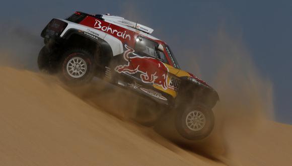 Carlos Sainz y Lucas Cruz durante la etapa 10 del Rally Dakar. REUTERS/Hamad I Mohammed