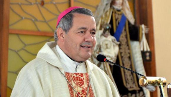 Chile: El cura que asumió como obispo entre insultos (VIDEOS)