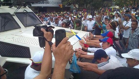 Venezuela: Oposición se concentra pese a férreo cordón policial