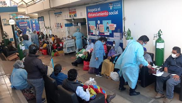 Esta es la situación en el hospital de Essalud de Huánuco. El jueves de la semana pasada se registró un pico de 31 fallecidos en 24 horas. En enero del 2021 se han reportado 2.762 nuevos casos de contagios de coronavirus.
