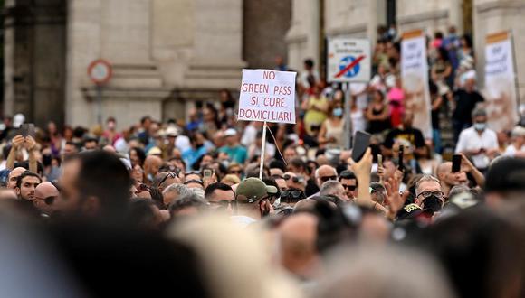 Roma, 24 de julio del 2021. Imagen de las protestas en contra del pasaporte de vacunación. EFE