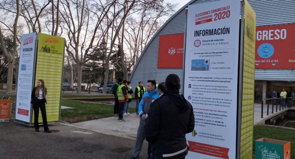 """La sede de votación está ubicada en la """"Fira de Barcelona Montjuic"""", pabellón italiano. (Foto: Orlando Sullón)"""
