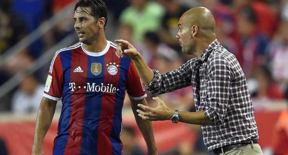 Pizarro fue dirigido por Guardiola en el Bayern Múnich. (Foto: AFP)