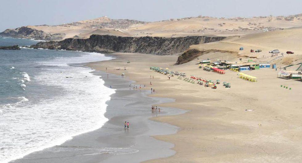 Colorado. Ubicada en el km 149 de la Panamericana Norte, es una de las playas estrellas de Huacho. Forma parte del imperdible circuito de playas de la ciudad junto a Playa Chica y Hornillos. (Foto: Directur)