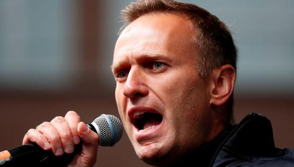 La figura de la oposición rusa Alexei Navalny pronuncia un discurso durante una manifestación para exigir la liberación de los manifestantes encarcelados, que fueron detenidos durante las manifestaciones de la oposición por elecciones justas, en Moscú, Rusia, el 29 de septiembre de 2019. (Foto: REUTERS / Shamil Zhumatov / archivo)