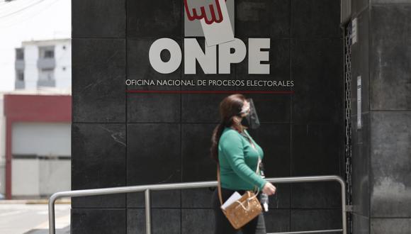 La ONPE aprobó la actualización de siete protocolos se seguridad y prevención ante el COVID-19 para la segunda vuelta de las Elecciones 2021. (Foto: Leandro Britto/ GEC)