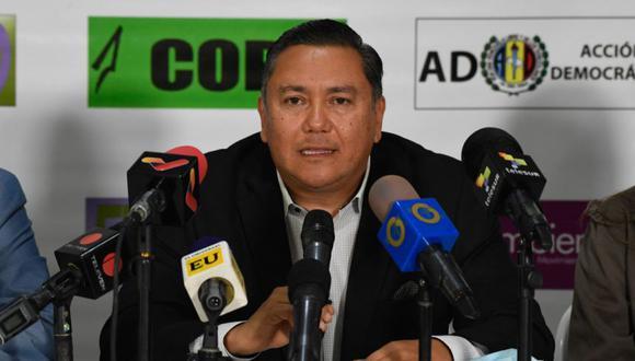 Javier Bertucci durante una conferencia de prensa en Caracas, el 8 de diciembre de 2020, en medio de la pandemia del coronavirus. (Foto: Archivo / Federico PARRA / AFP)