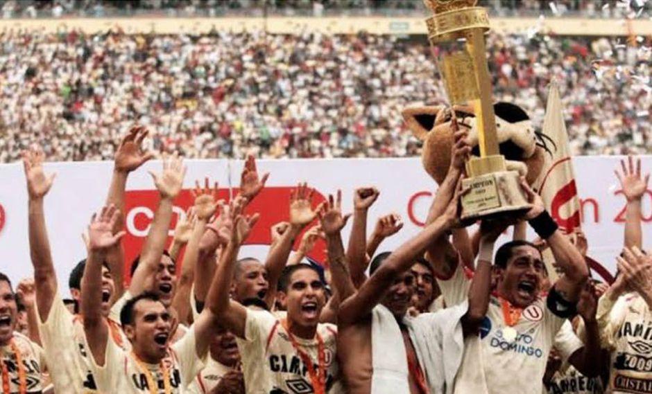 Universitario de Deportes se proclamó campeón en 2009 ante Alianza Lima. (Foto: Universitario de Deportes / Facebook)
