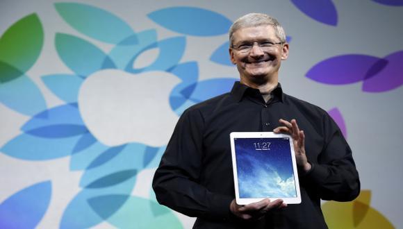 El sucesor de Steve Jobs conduce Apple por otros caminos