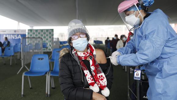 El Minsa espera que la brecha de personas que aún no reciben su primera o segunda dosis, se reduzca en esta Vacunatón. (Foto: @photo.gec)