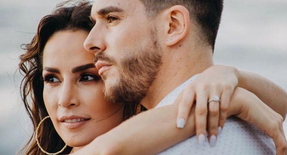 Carmen Villalobos y Sebastián Caicedo están disfrutando de su matrimonio, pero la actriz ha confesado que existe algo que la molesta de este nuevo estado civil (Foto: Instagram)