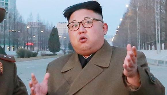 Kim Jong-un prueba con éxito un potente motor de cohetes