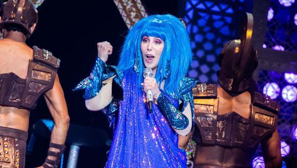 La cantante Cher ha donado un millón de dólares para organizaciones benéficas que trabajen con personas crónicamente descuidadas por la pandemia. (AFP).