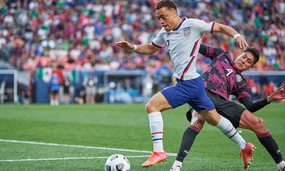 México y USA chocaron en el Empower Field por la final de la Concacaf Liga de Naciones 2021   Foto: @CNationsLeague
