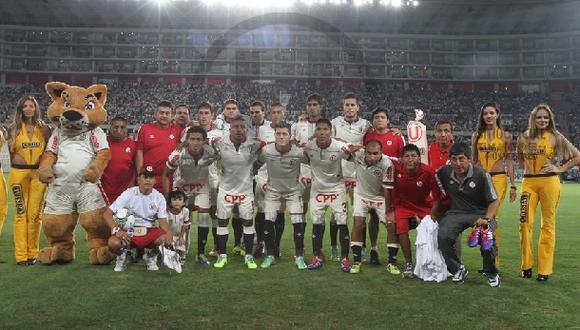 Universitario y el once con el que hoy enfrentará a Vélez