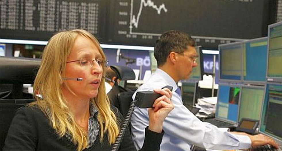 Bolsas de Europa despiden la semana con indicadores en rojo