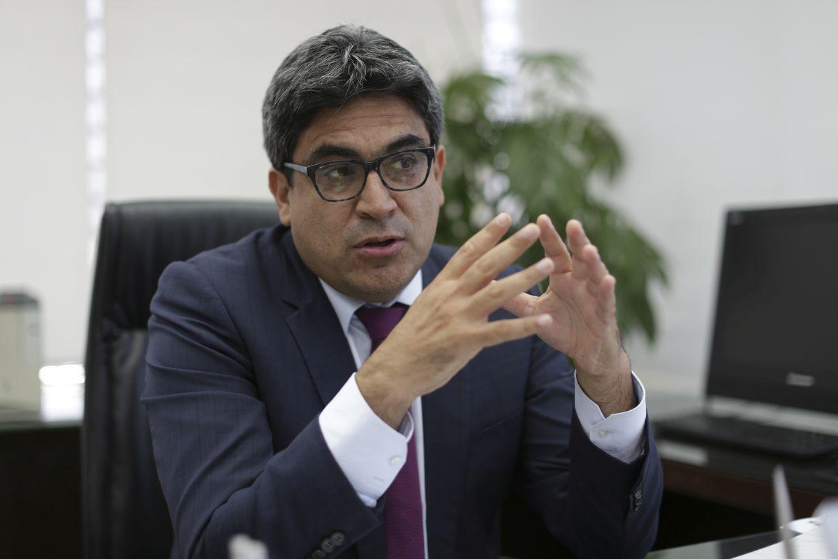Ministro de Educación Martín Benavides anuncia nuevo modelo de ...